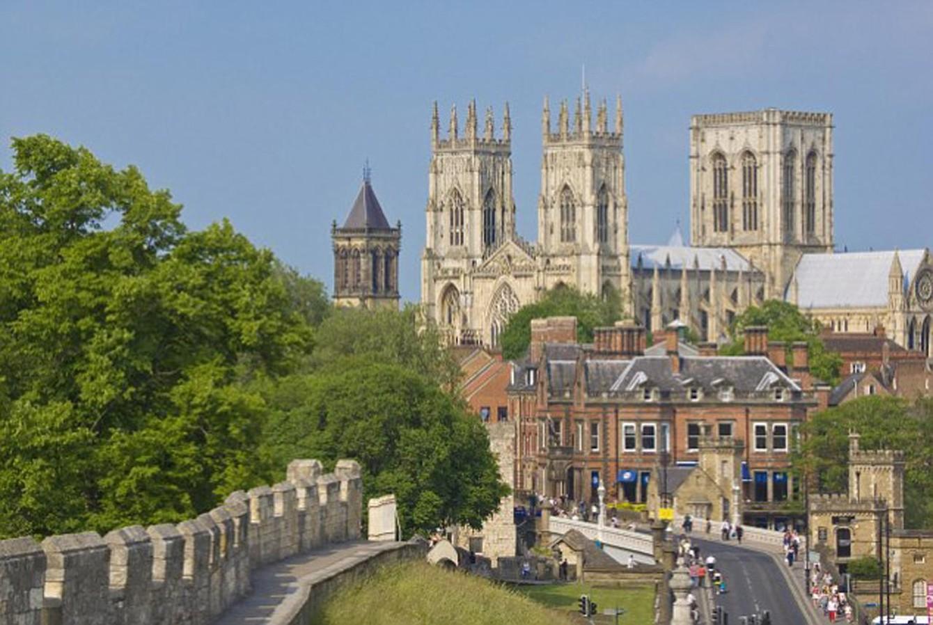 Stay on a boat in York